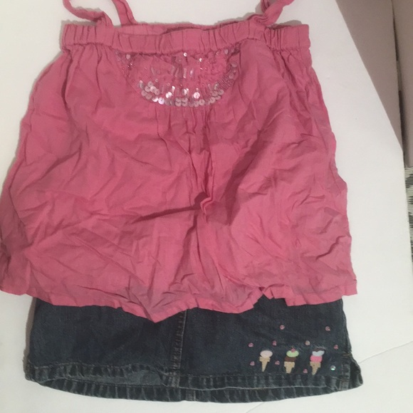 Little Girl Back To School Outfit